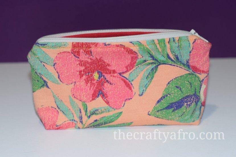 Flower theme zipper pouch