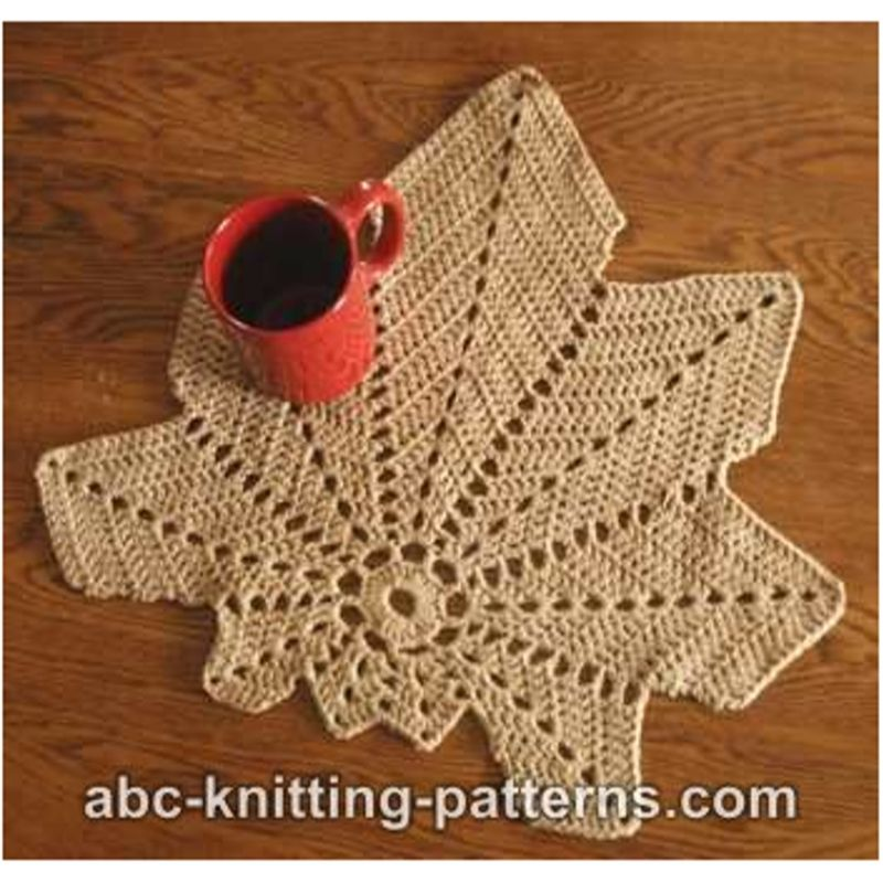 crochet chestnut leaf place mat