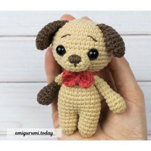 Free amigurumi tiny dog crochet pattern.